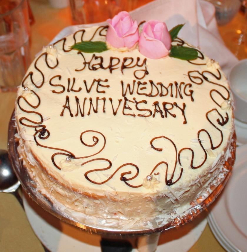 Anniversary cake - Amboseli